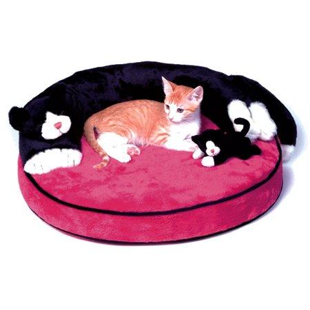 сшить лежанку для кошек.