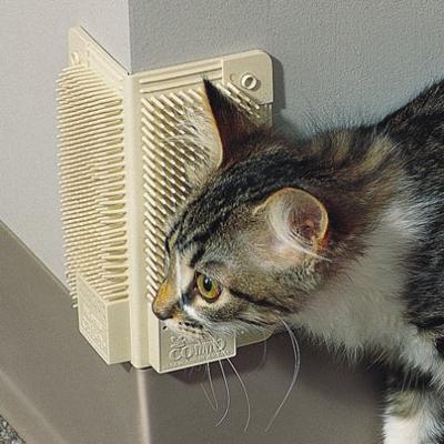 Угловая щетка для кошек